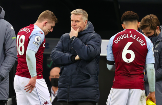 Villa Player Ratings & Report – Hosts Strike At The Death To Foil Smash & Grab